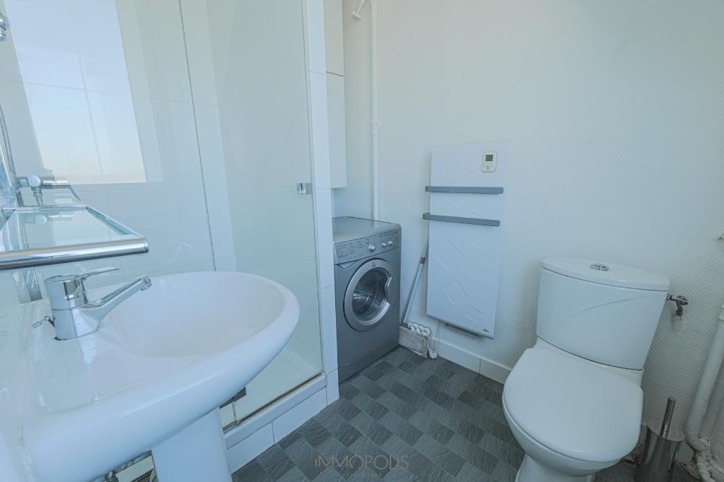 Apartment Paris 1 room (s) 26 m2 8