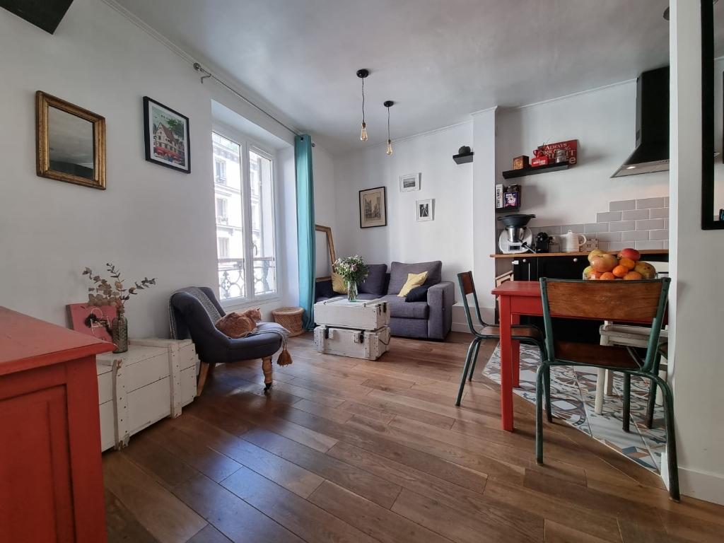 Appartement Paris 2 / 3 Pièces de 38 m2,» Coup de Coeur» assuré!!! 2