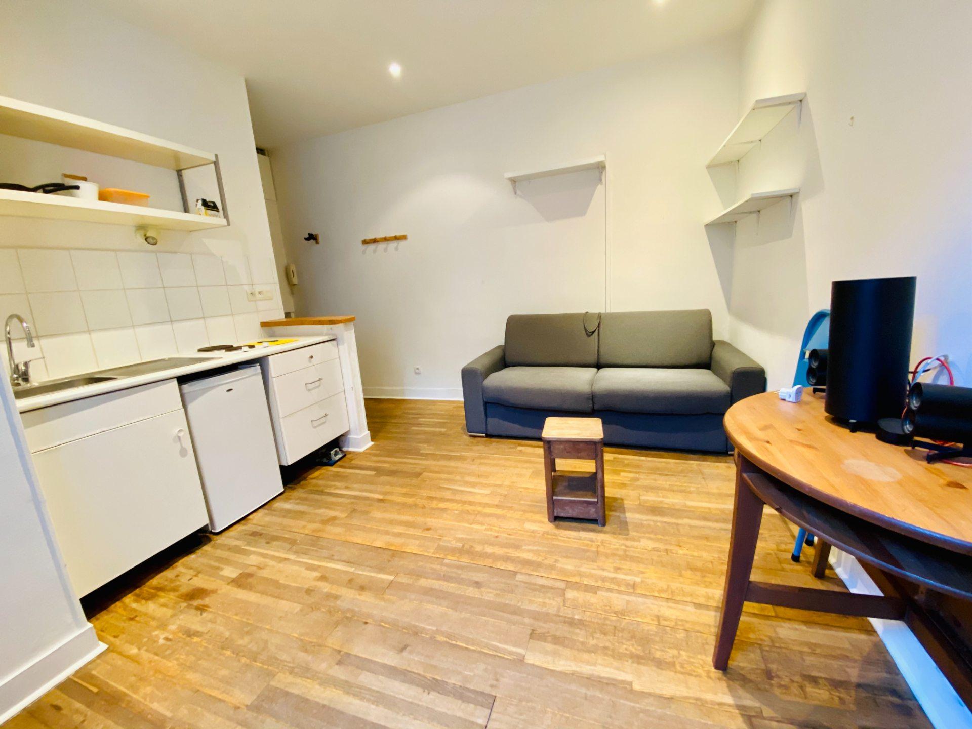 Apartment Paris 18 – 1 piece (s) – 18 m2 2