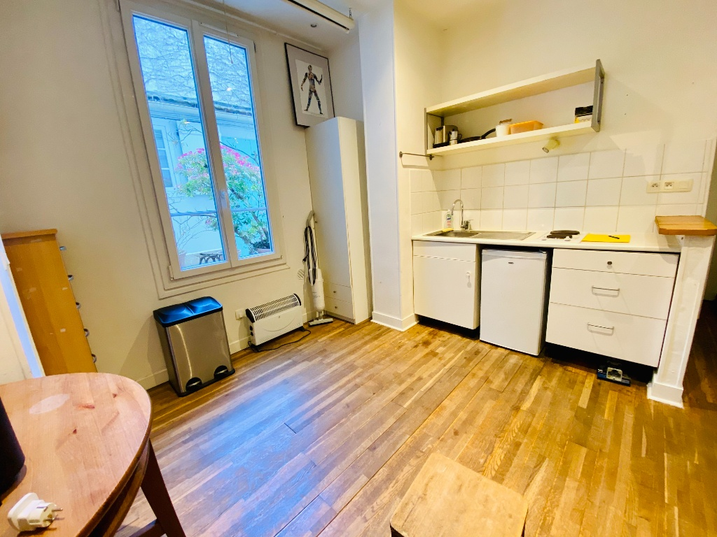 Appartement PARIS 18 – 1 pièce(s) – 18 m2 4