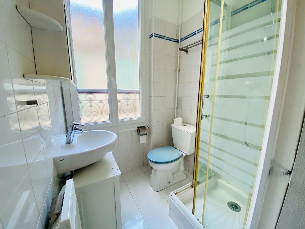 Appartement PARIS 18 – 1 pièce(s) – 18 m2 5