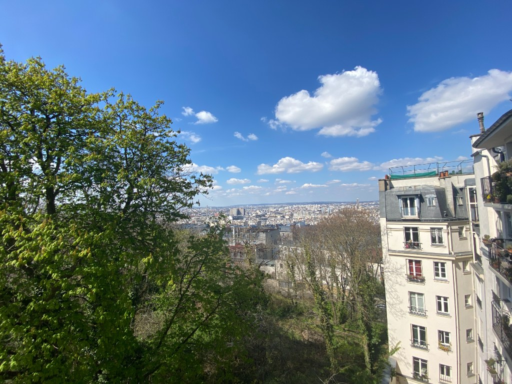 Two rooms furnished – exceptional area in the heart of Montmartre 2