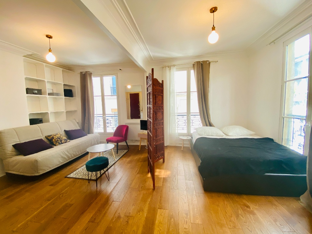 Furnished studio 25 m2 Montmartre 1