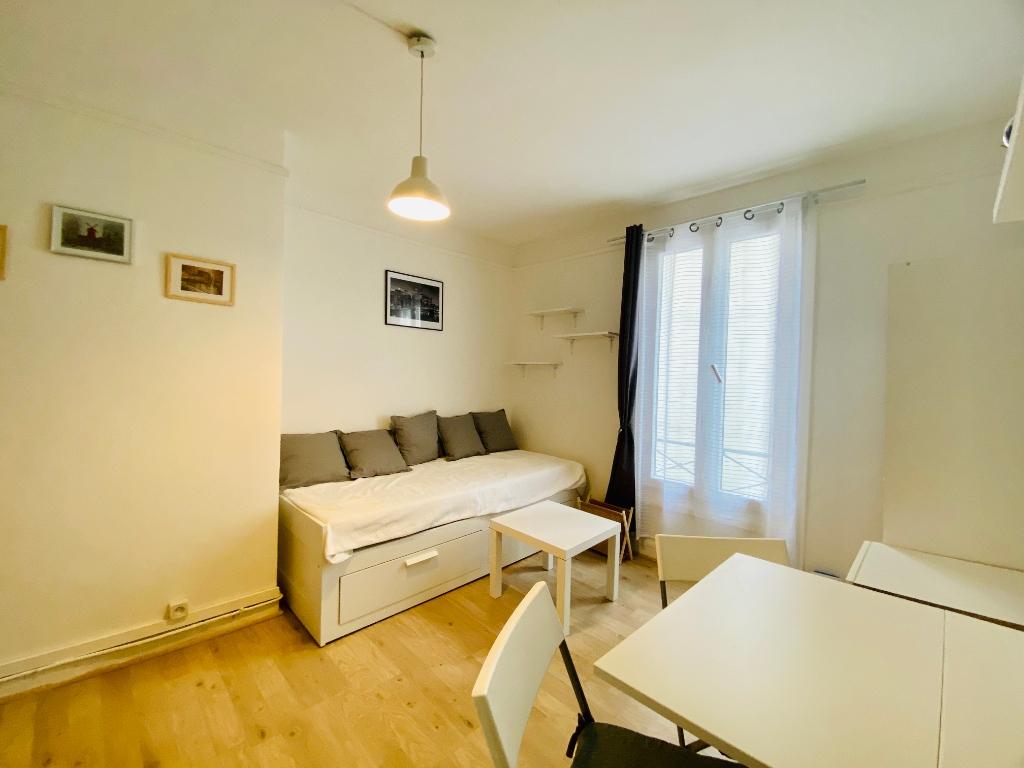 Appartement PARIS 18 ème – 1 pièce(s) – 16 m2 5