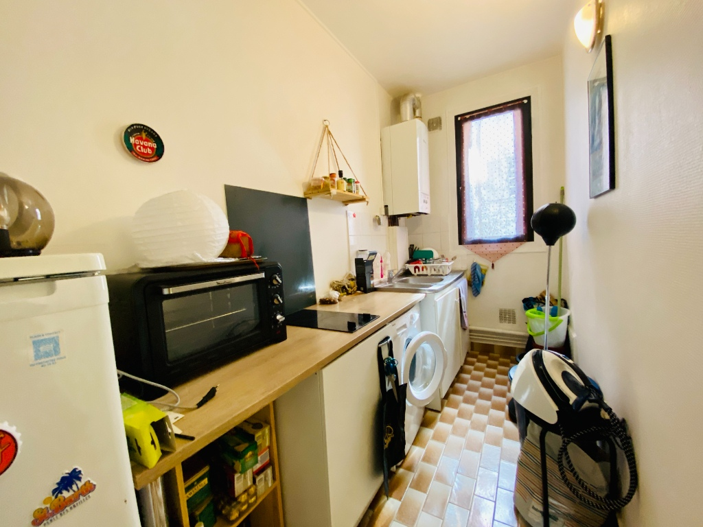 Montmartre Paris 18 Apartment – Empty Studio 25 m² 7