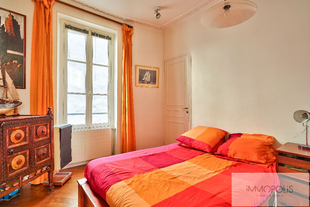 Apartment with unobstructed views, Abbesses Paris XVIII. 5