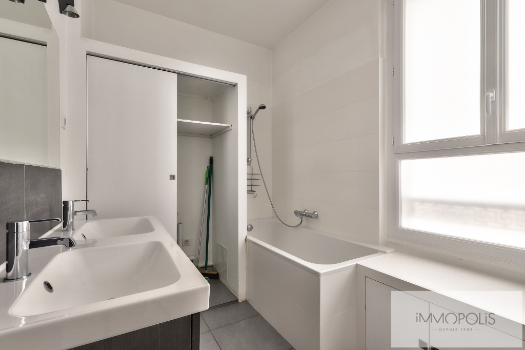 Métro CADET – 3 pièce(s) 67 m² de CARACTERE 7