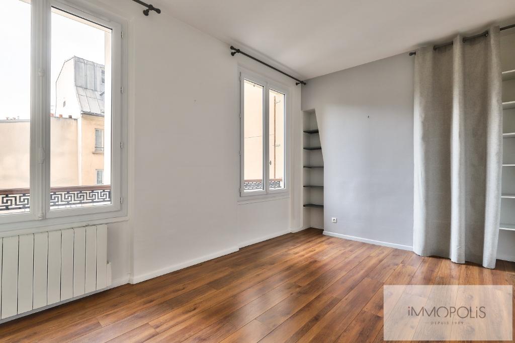 Métro CADET – 3 pièce(s) 67 m² de CARACTERE 8