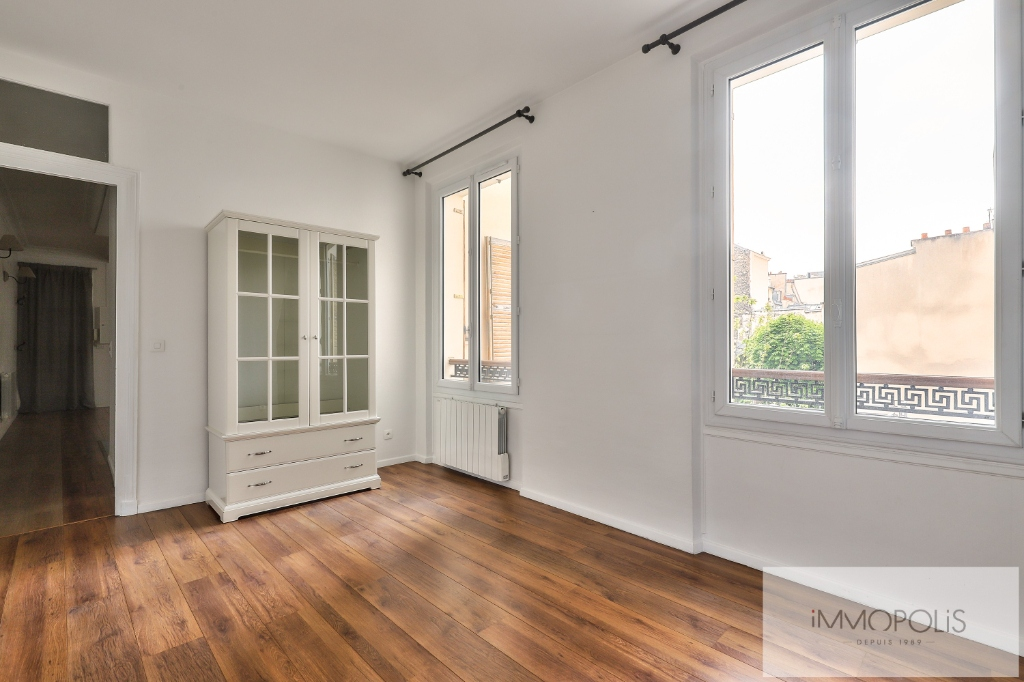 Métro CADET – 3 pièce(s) 67 m² de CARACTERE 9
