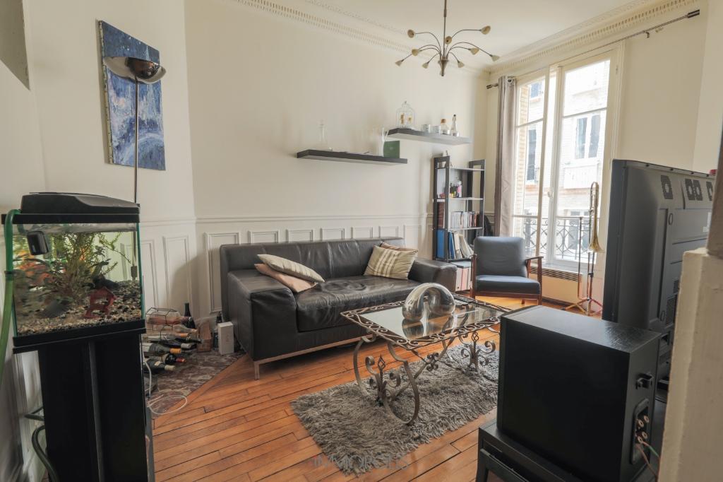 2 pièces 46 m2 – Rue Lamarck  métro Guy Moquet 2