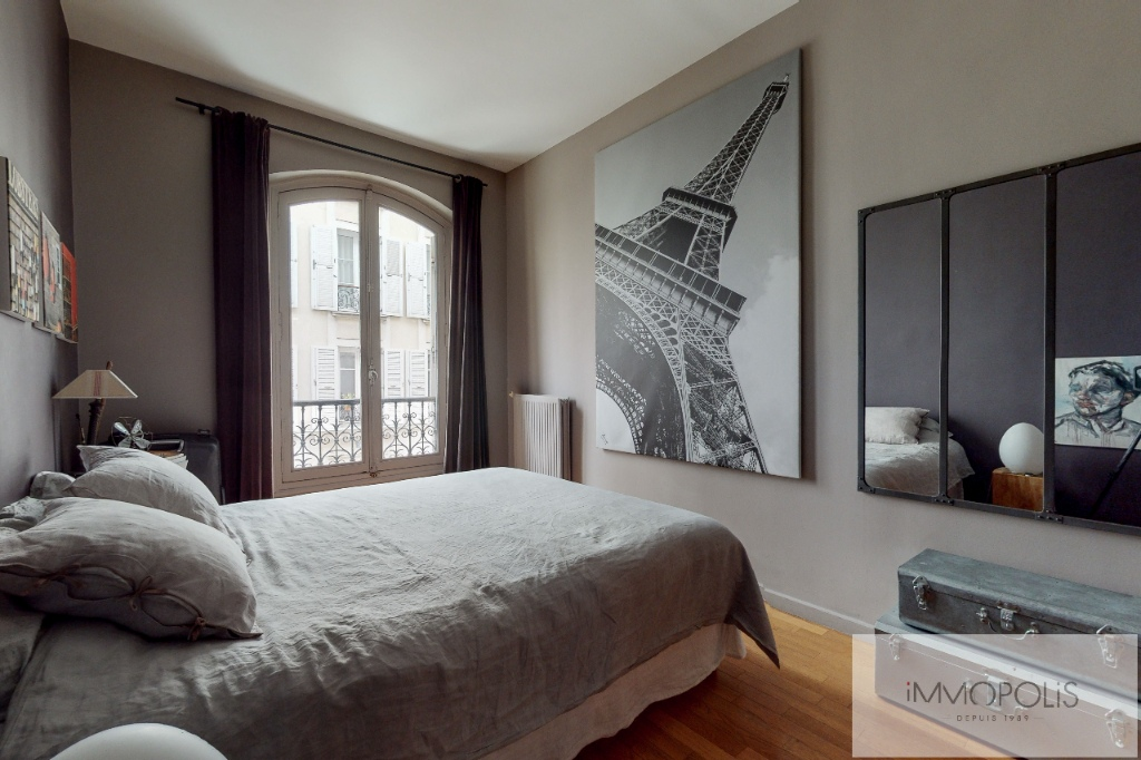 Charming apartment in the heart of Abbesses. 5