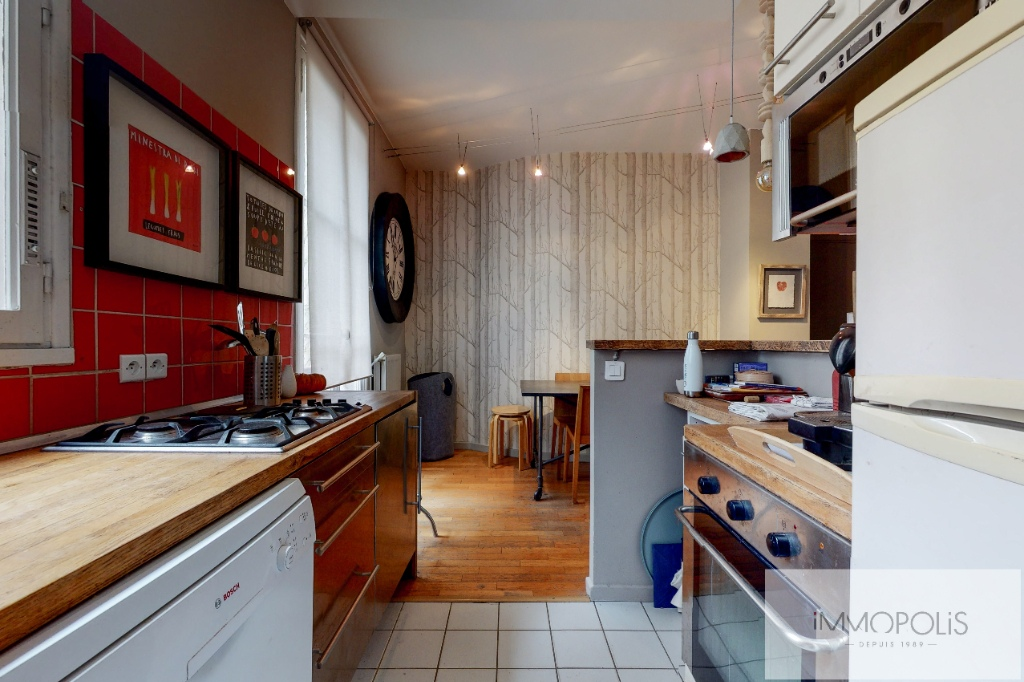 Charming apartment in the heart of Abbesses. 7
