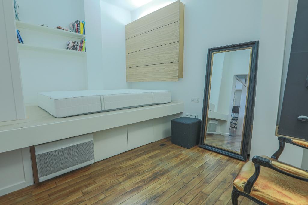 Appartement «esprit loft» quartier Lamarck Caulaincourt 5