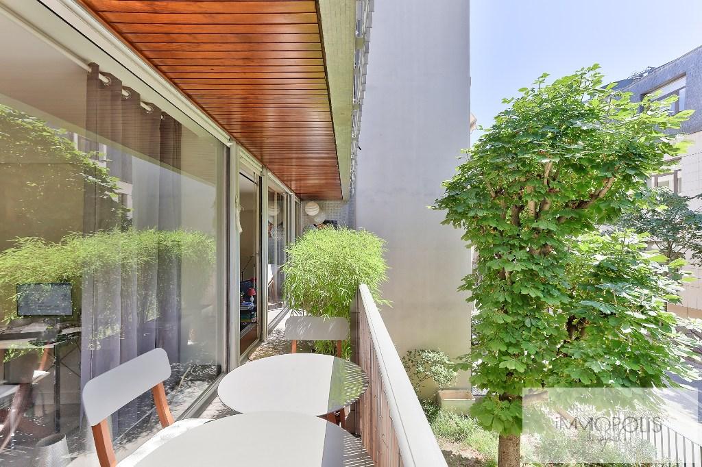 Quartier des Huissiers (proche Pont de Neuilly) : bel appartement traversant sur rue très calme et sur jardins, avec deux terrasses, cave et parking ! 1