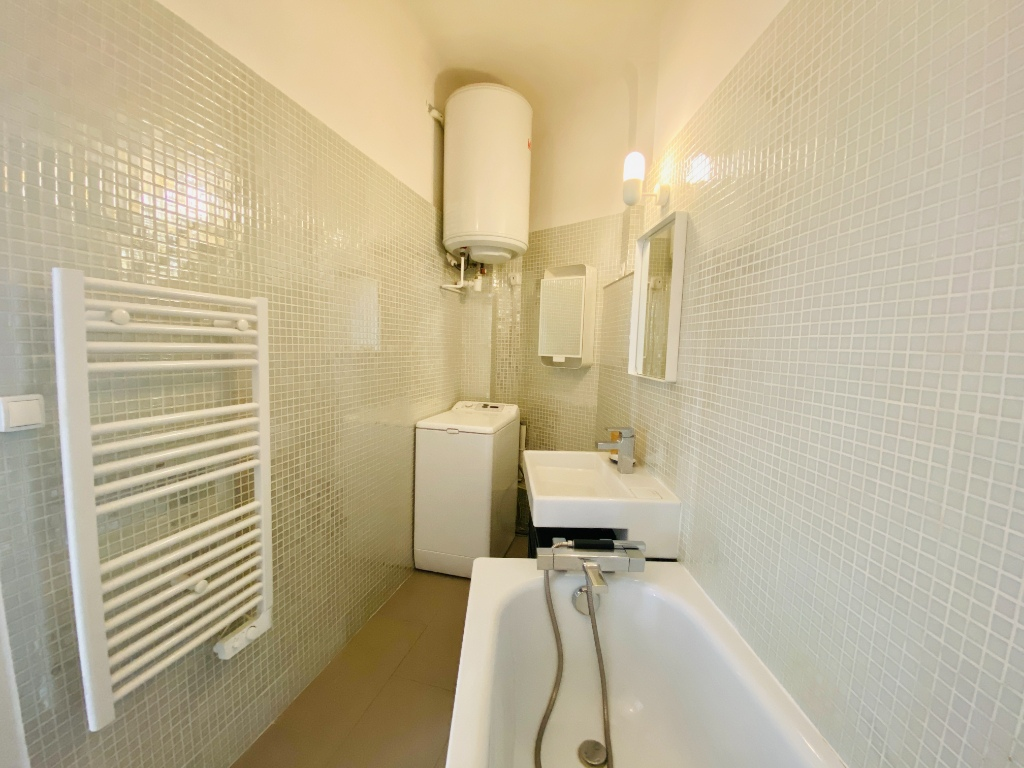 2p apartment furnished 46.12m² sacred heart 5