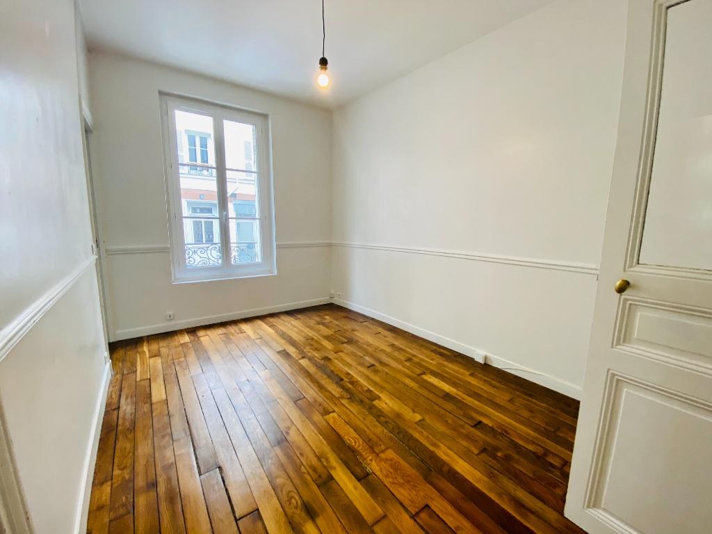 Apartment Paris 2 Room (s) 34.32 m2 1