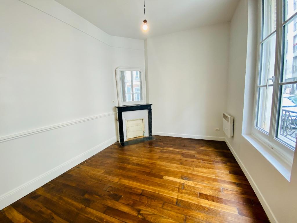 Appartement Paris 2 pièce(s) 34.32 m2 4