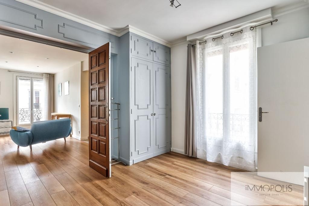 ANGLE RUE FRANCOEUR/RUE DES SAULES – 2 pièces en étage élévé. 1