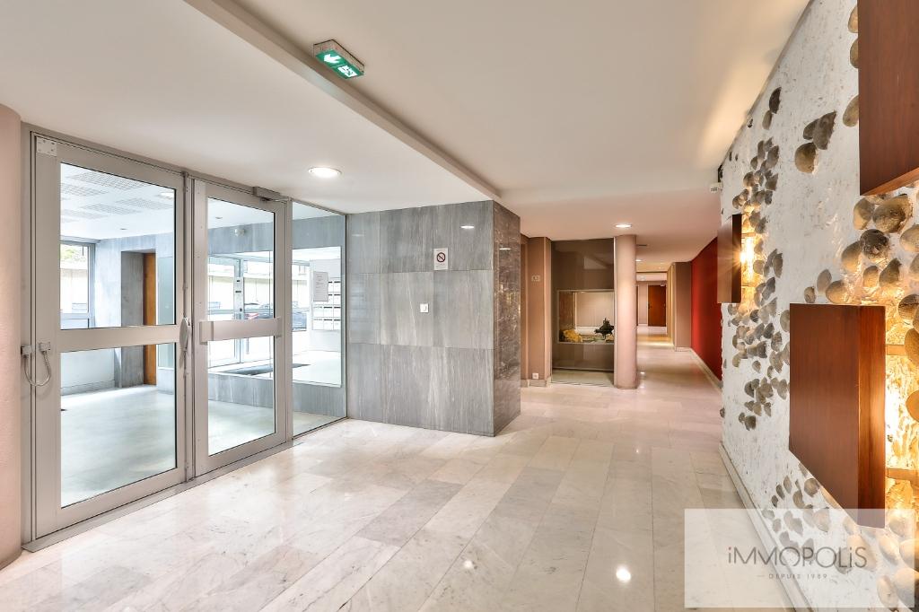 Appartement Familial  – 4 pièces 3 chambres – 85 m2 –  Balcon 11