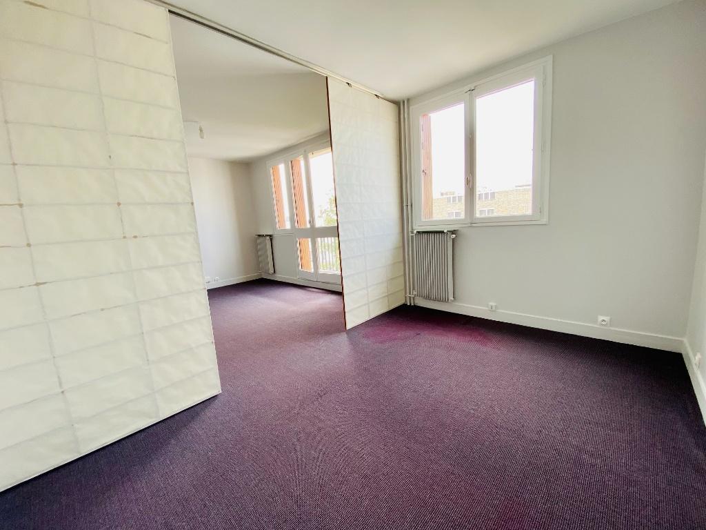 Grand Studio – 42m² – Paris XVIIIth 4