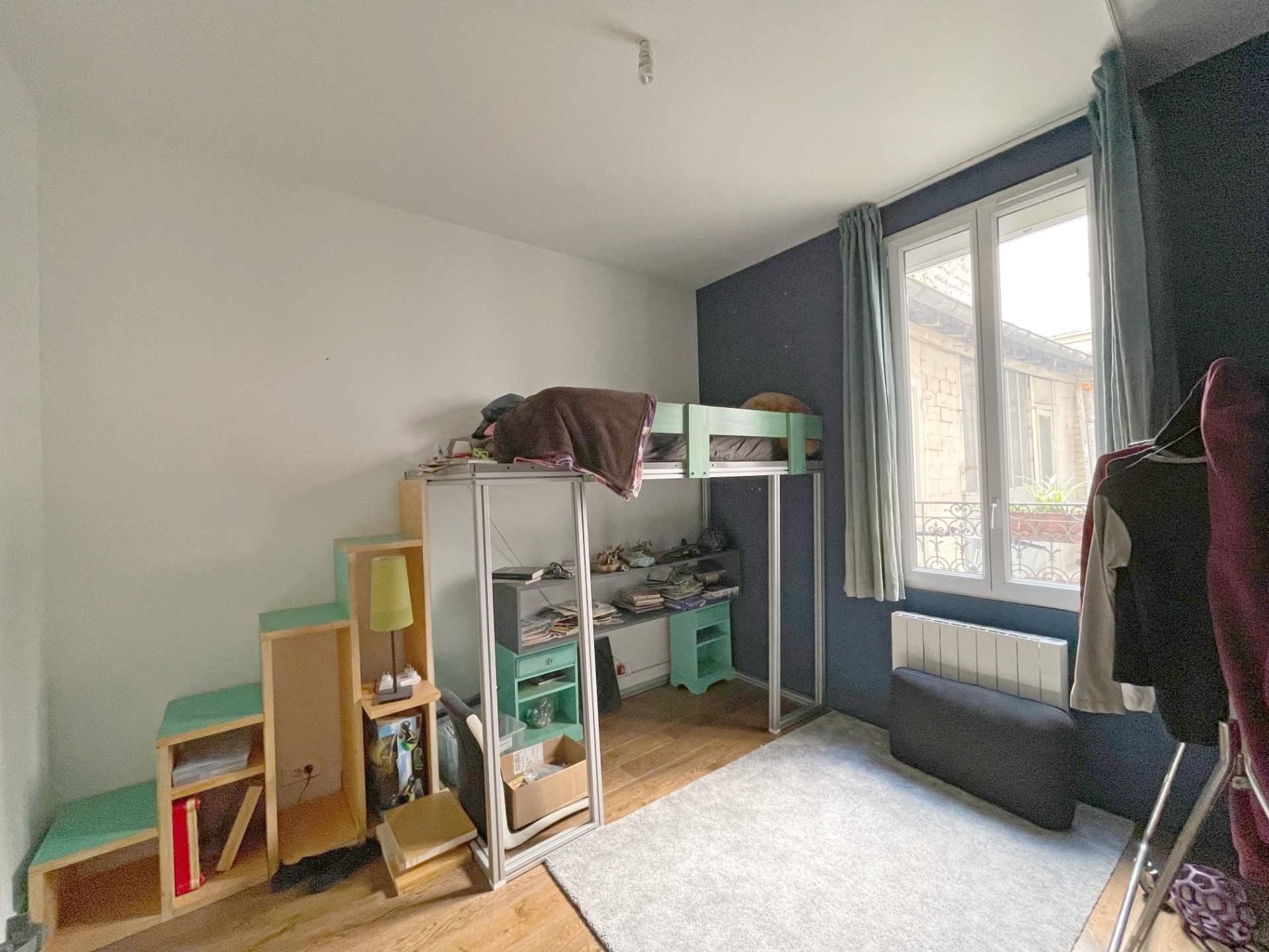 Saint Ouen, quartier Michelet / Dr Bauer, dans rue arborée calme, magnifique souplex «comme une maison» 5