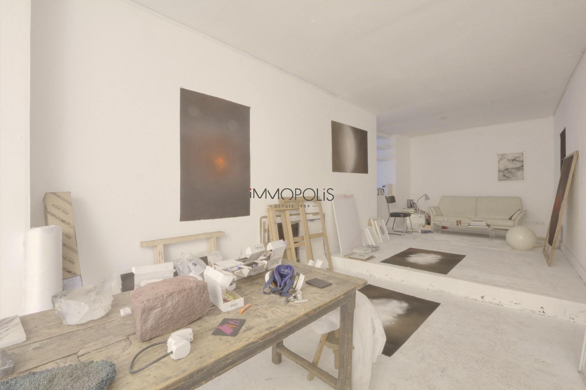 Atelier insonorisé / Open – space de 49 M² environ bien placé à Montmartre ! 4