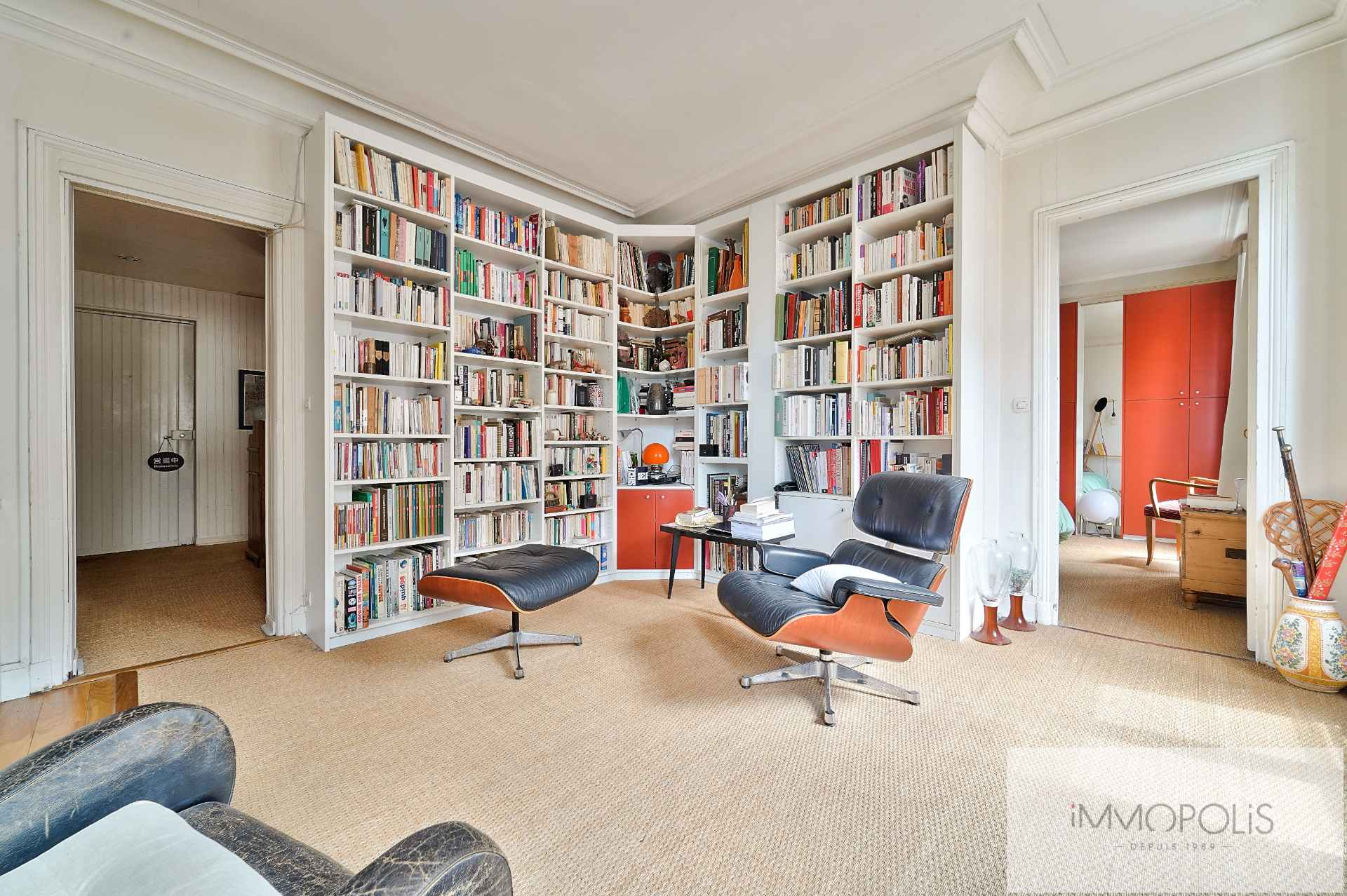 Rue d'Orsel Family Apartment of 67 m2 3