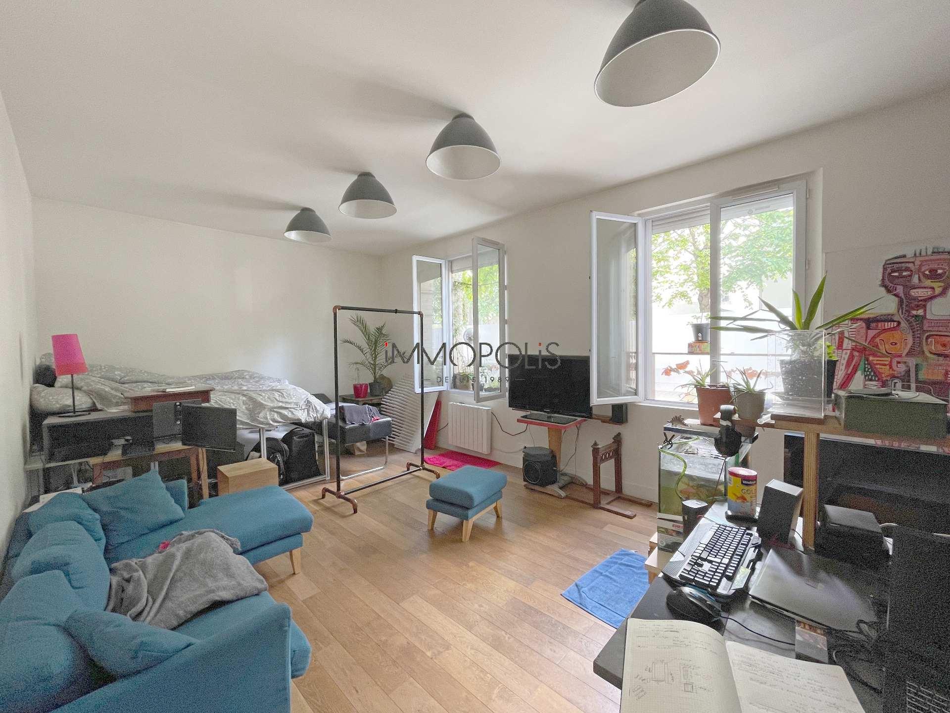 Saint Ouen, quartier Michelet / Dr Bauer, dans rue arborée calme, magnifique souplex «comme une maison» 2