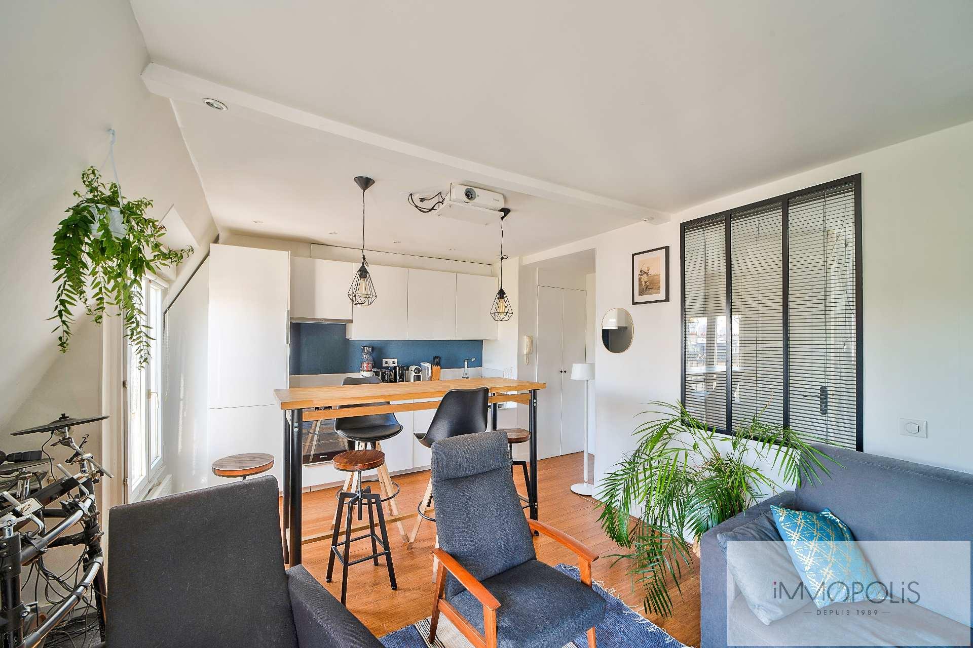 Magnifique 2 pièces en 6e et dernier étage sans vis à vis, plein soleil, avec 2 balconnets ! 4
