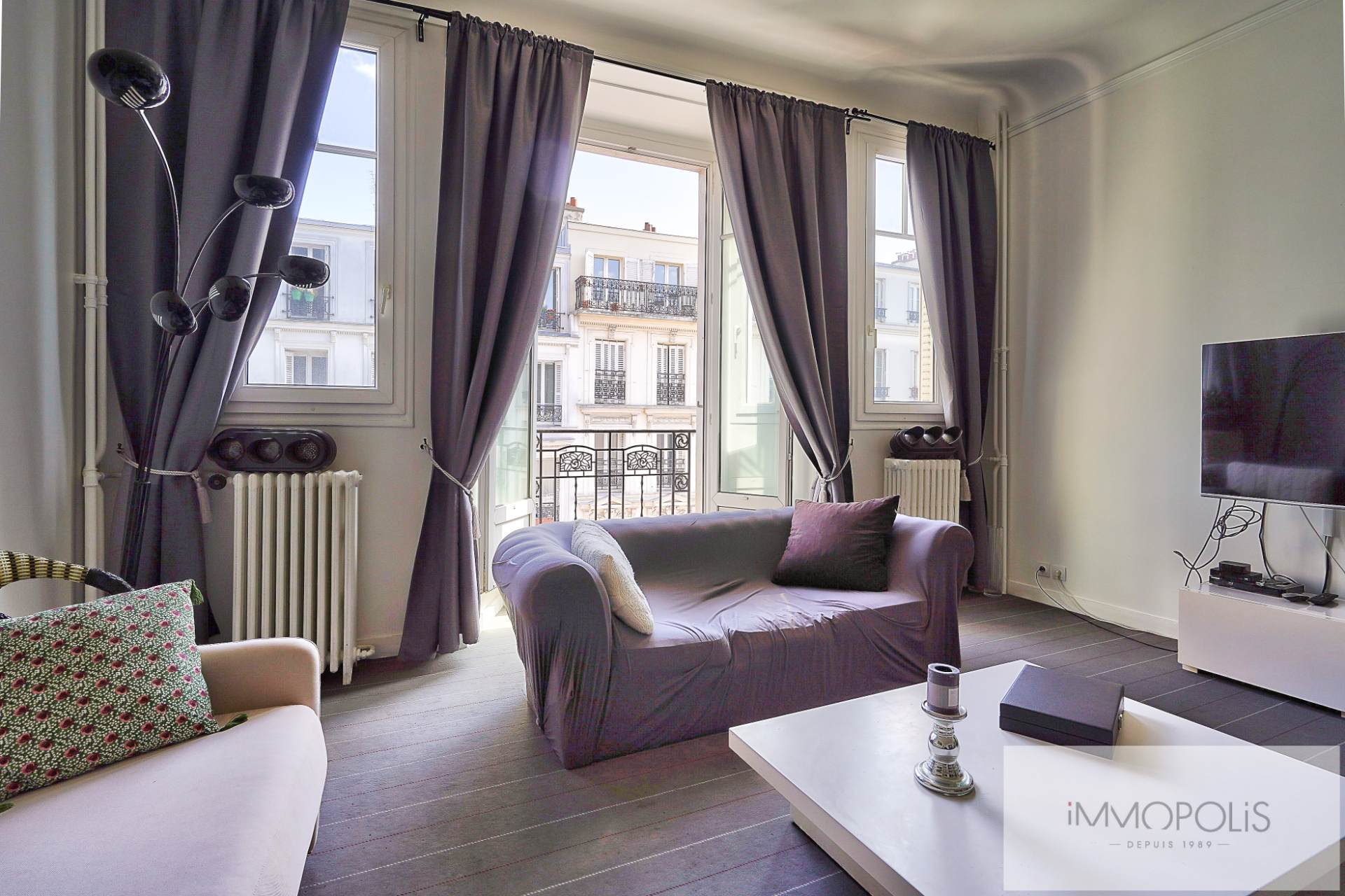 Exclusivity rue des Abbesses A beautiful two rooms of 64 m2 4