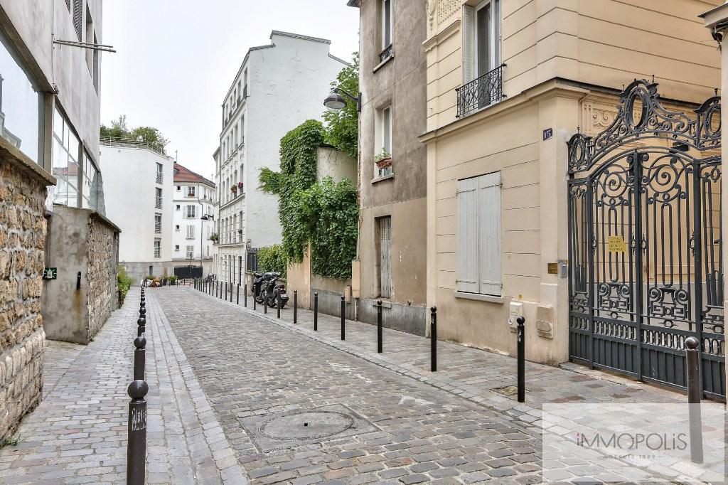 Place Clichy, Studio tout confort  CALME & LUMINEUX 1