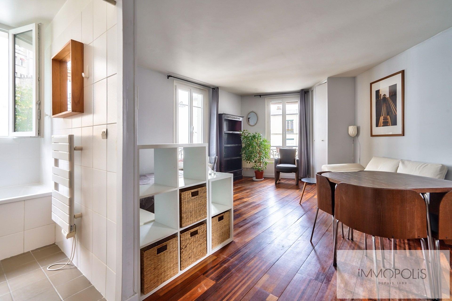 MONTMARTRE- Rue Paul Albert. 2