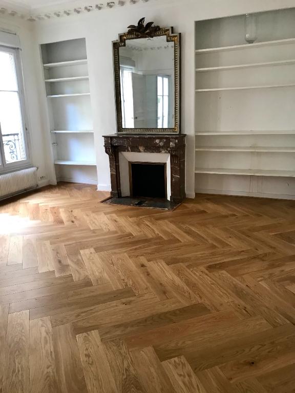 3 Rooms – Chicken Street – XVIIIth Arrondissement 1