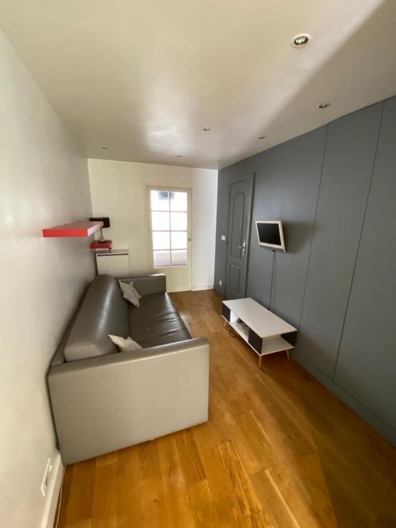 Appartement avec terrasse Paris 2 pièce(s) 32 m2 5