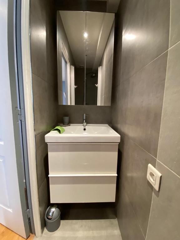 Appartement avec terrasse Paris 2 pièce(s) 32 m2 7