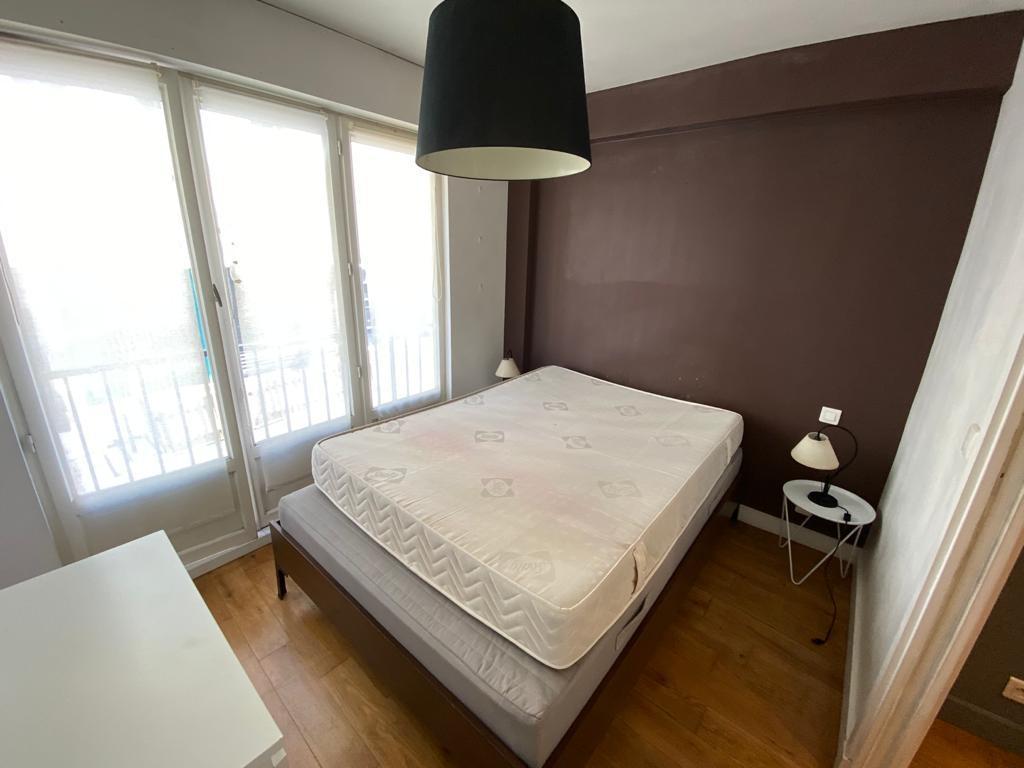 Appartement avec terrasse Paris 2 pièce(s) 32 m2 8
