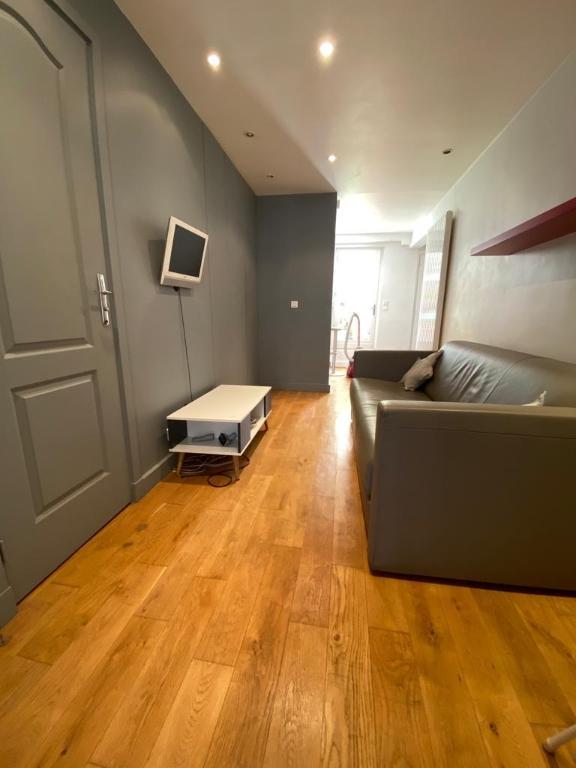 Appartement avec terrasse Paris 2 pièce(s) 32 m2 9