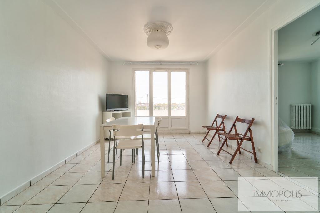 Apartment Saint Ouen 3 rooms 53 m2 – Balcony – Unobscured view 1