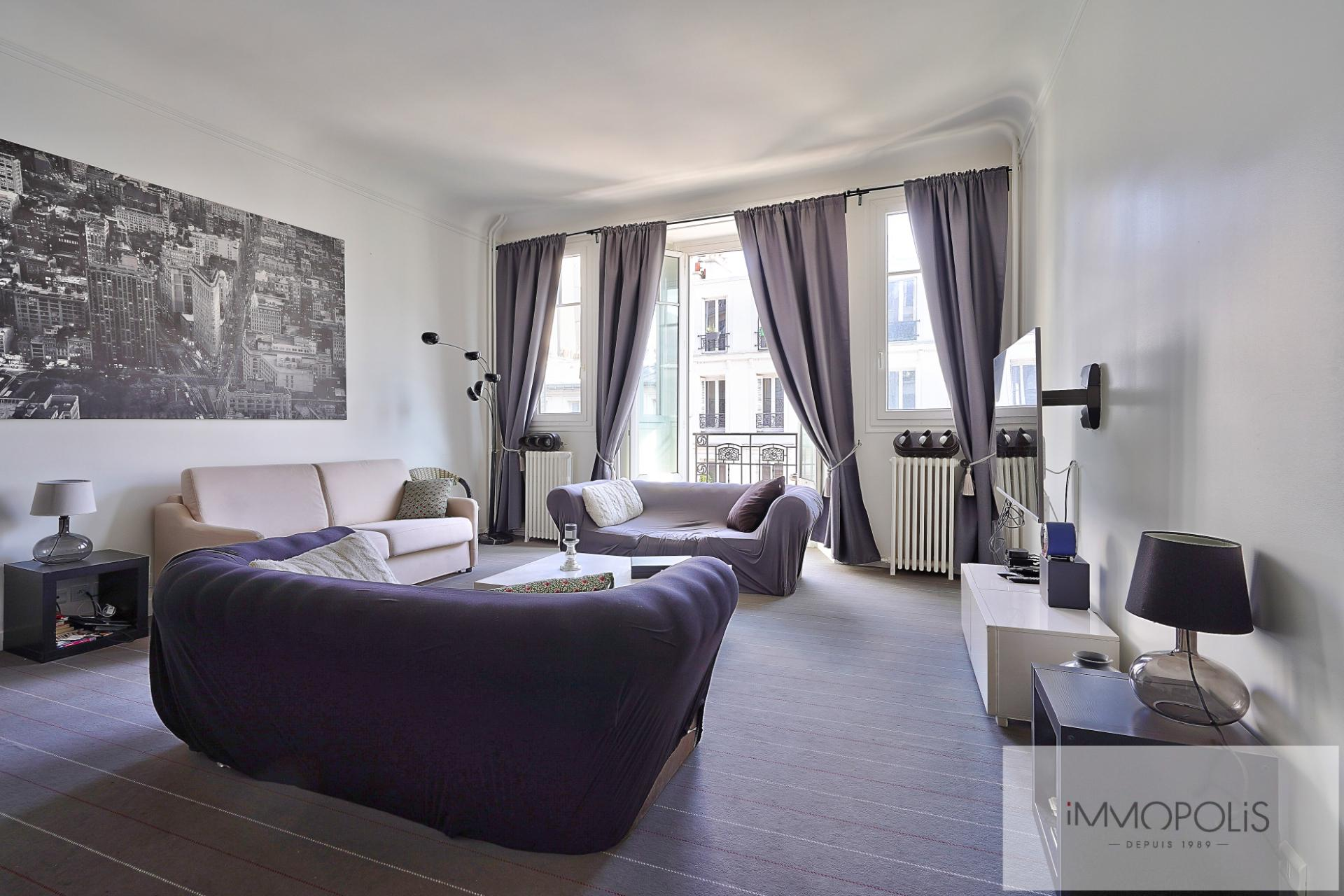 Exclusivity rue des Abbesses A beautiful two rooms of 64 m2 1