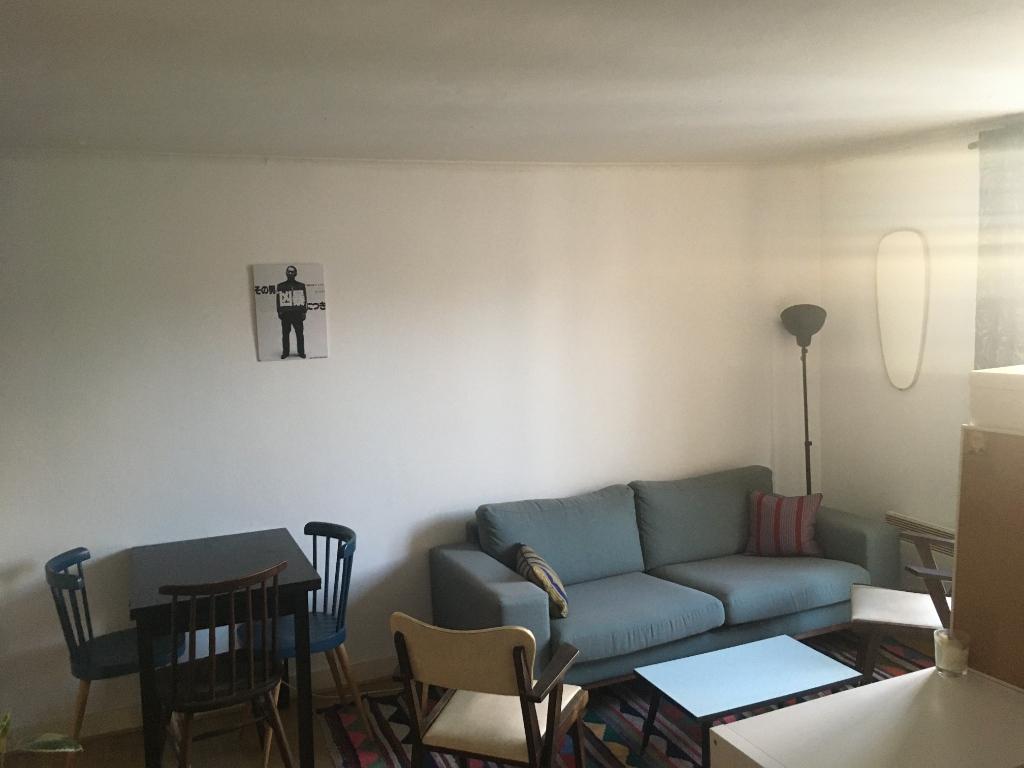 Studio – Paris 18th – 28.89 m² 1