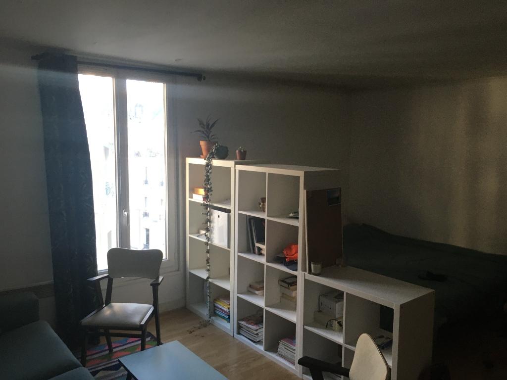 Studio – Paris 18th – 28.89 m² 2
