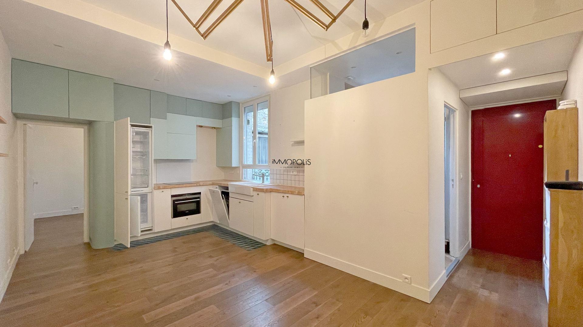Saint Ouen, district Michelet / Dr. Bauer, in Rue Arboraée Quiet, magnificent souplex «like a house» 5