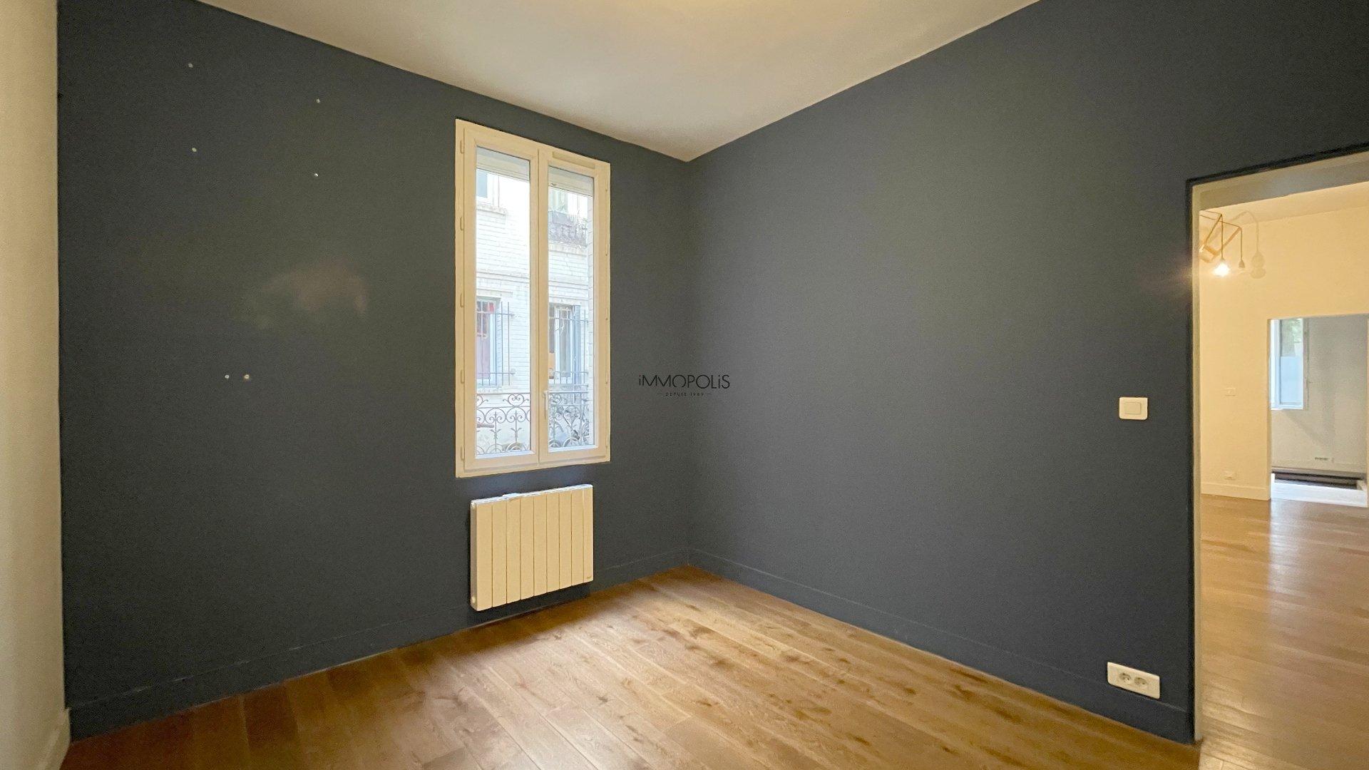 Saint Ouen, district Michelet / Dr. Bauer, in Rue Arboraée Quiet, magnificent souplex «like a house» 6