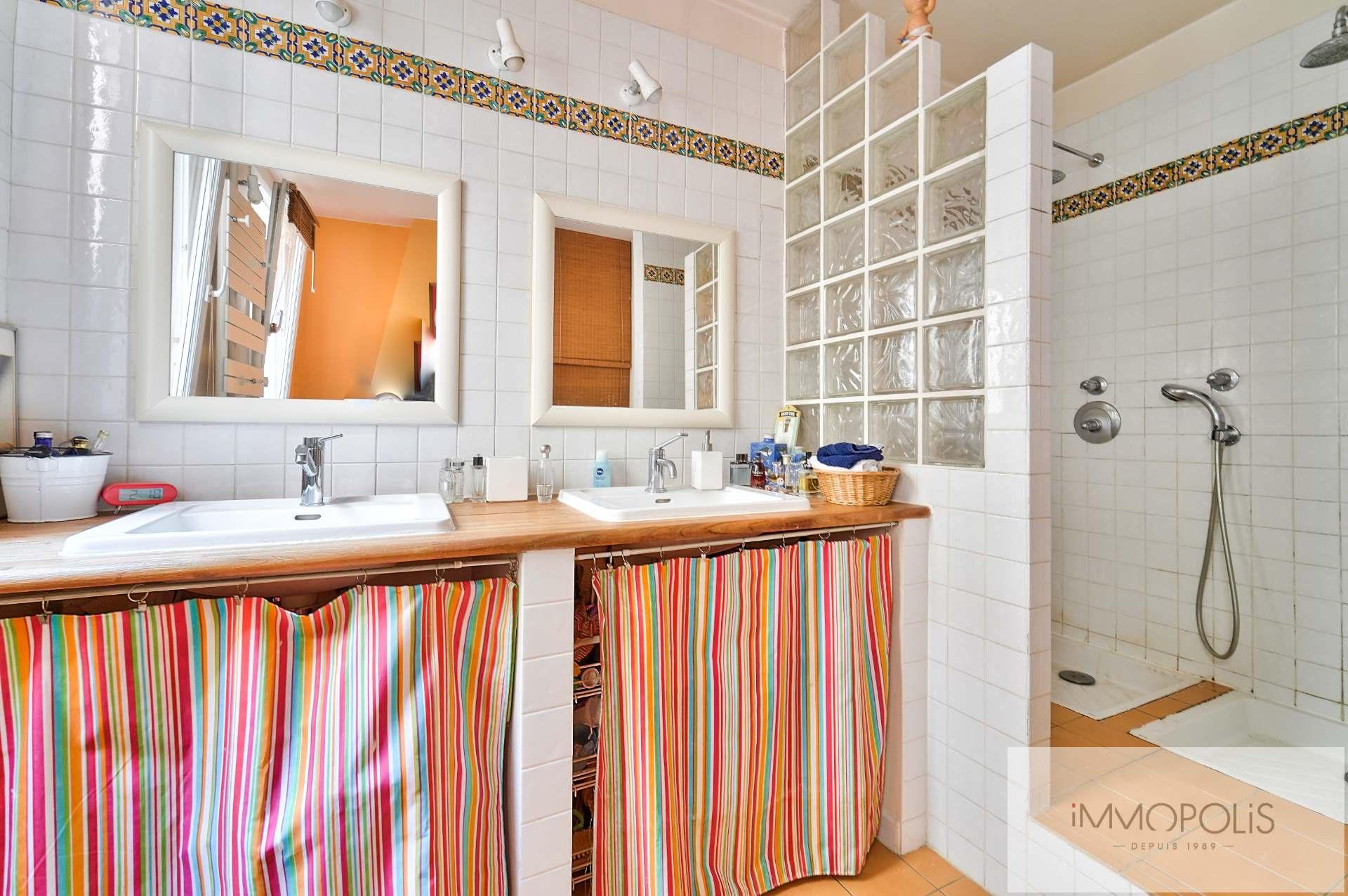 Rue d'Orsel appartement familial de 67 m2 7