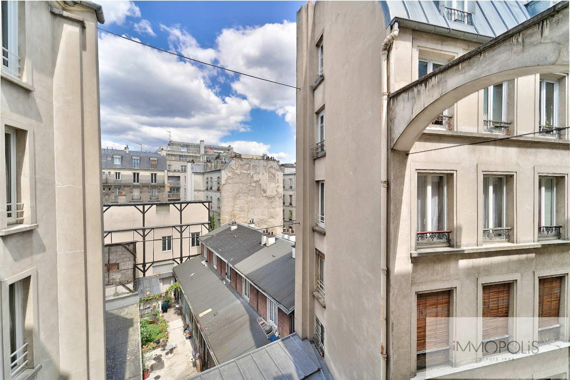 Rue d'Orsel appartement familial de 67 m2 8