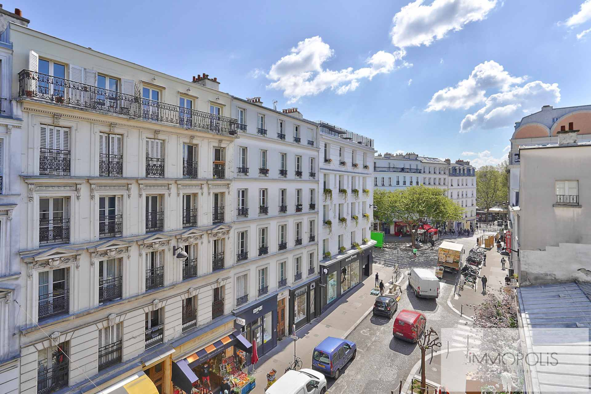 Exclusive rue des Abbesses A beautiful two rooms of 64 m2 1