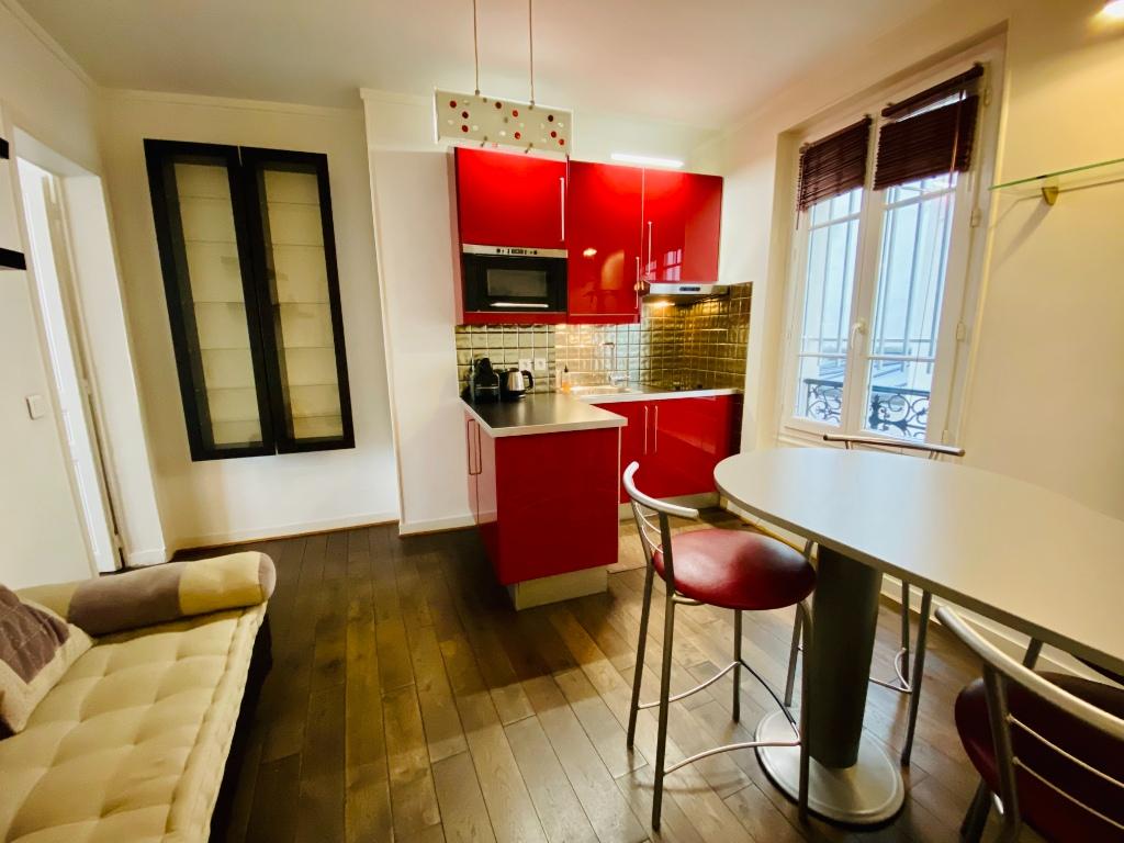 Appartement Paris 2 pièce(s) 30 m2 18ème arrondissement 1