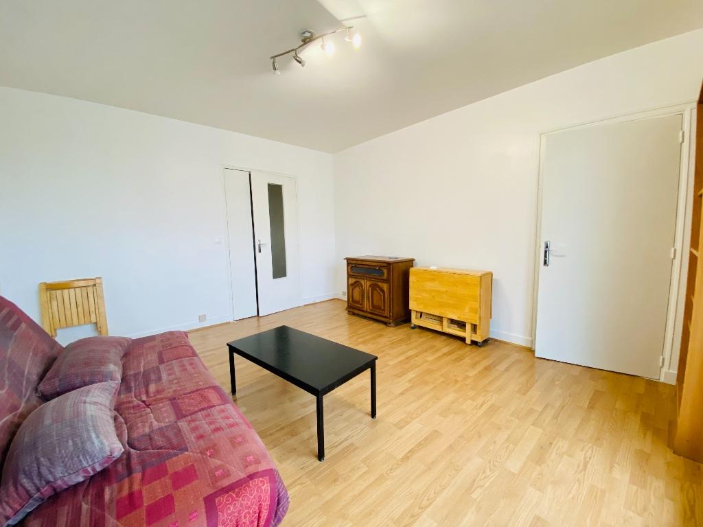 Apartment st denis – 1 room (s) – 31 m2 2