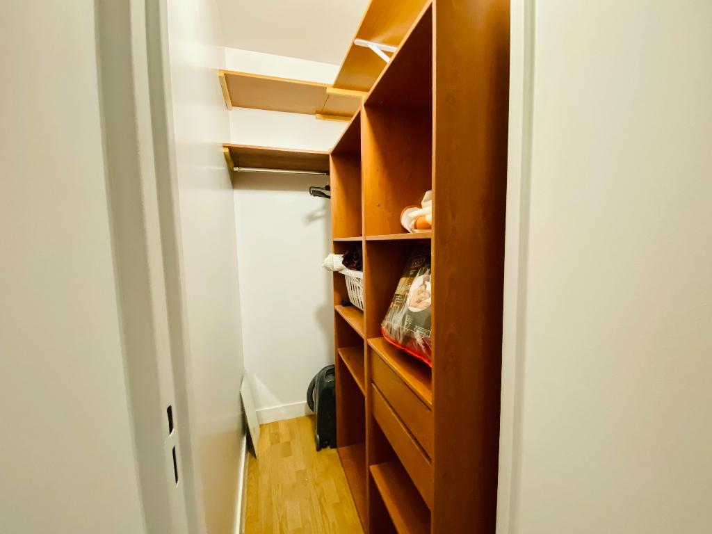 Apartment st denis – 1 room (s) – 31 m2 3