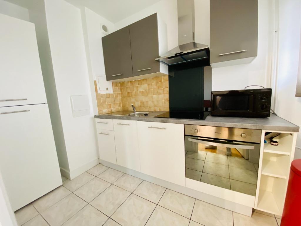 Apartment st denis – 1 room (s) – 31 m2 6